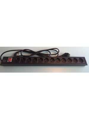 Horizontal PDU 10 outlet UK-type 3.0m
